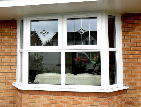 Bay windows with glass design