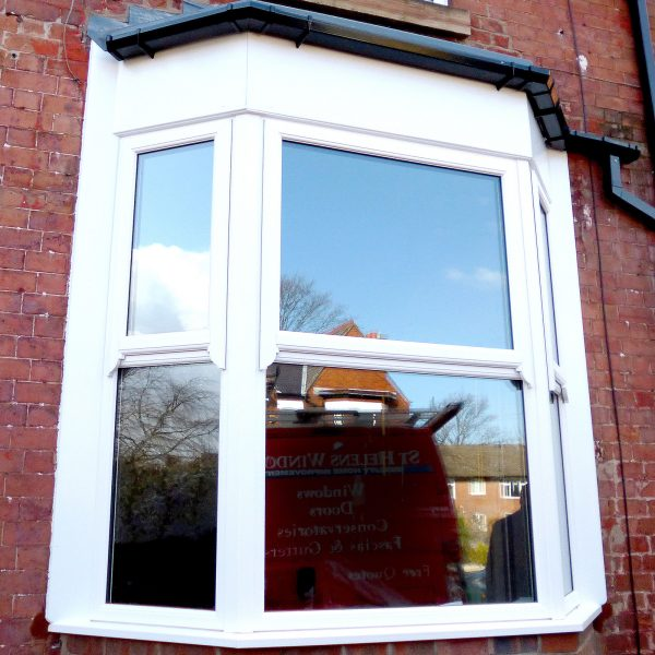 sash bay window in white upvc