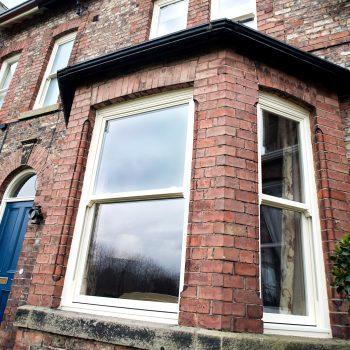 wooden sash bay windows
