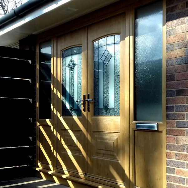 light oak double rockdoors with side panels