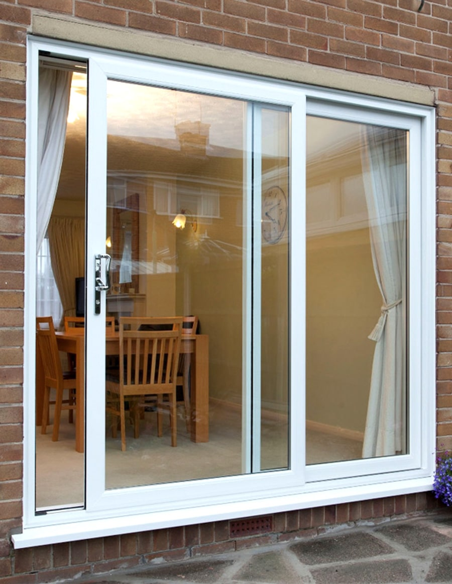 Patio doors bespoke sliding patio doors st helens windows for Patio doors with side windows