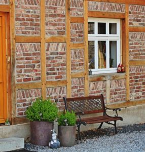 how to paint wooden window frames