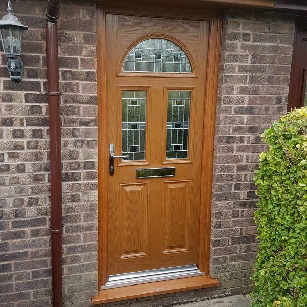 Oak House Front Door With Aspen Glass